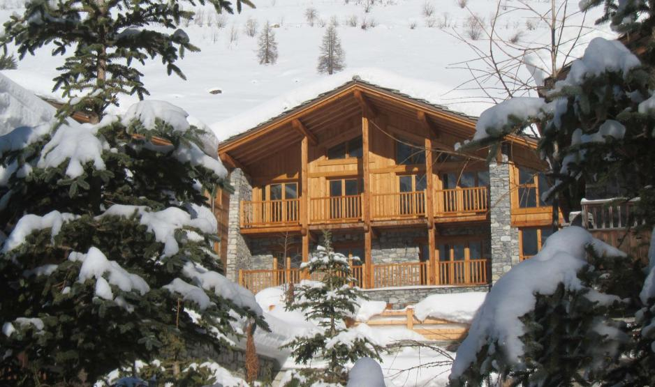 Classic ski chalet in Val d'Isère