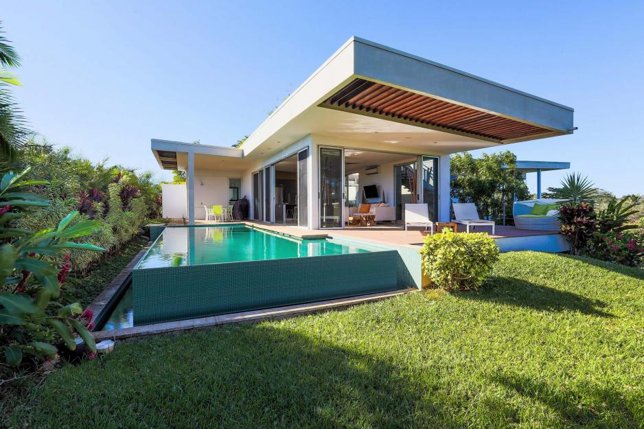 Costa rica real estate for sale luxury contemporary villa for Luxury homes for sale in costa rica