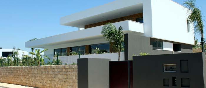 Modern villa in Algarve