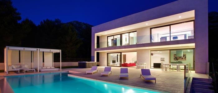 Mallorca villa in the evening