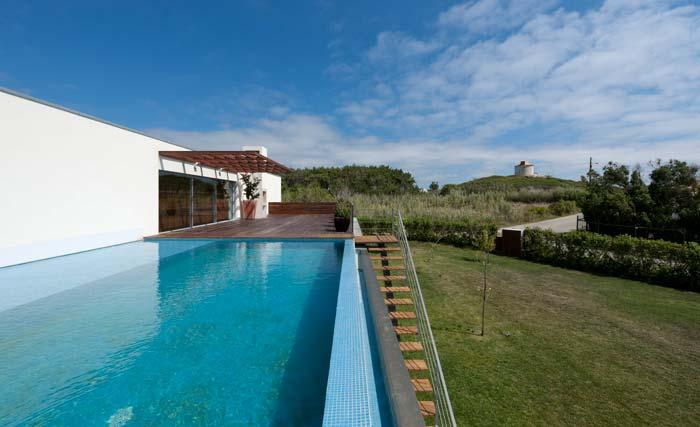 Modern silver coast villa (2)