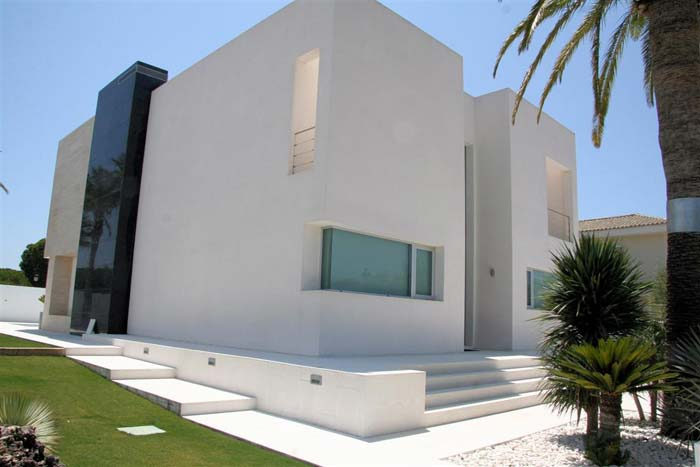 Modern villa in Andalusia
