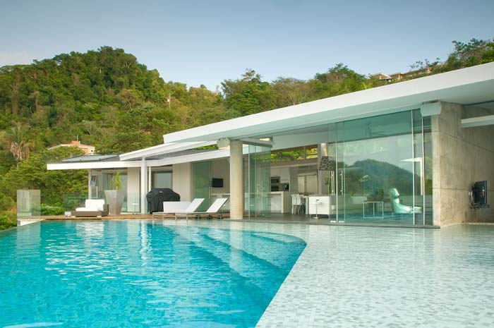 Modern costa rica luxury real estate for sale for Costa rica luxury homes for sale