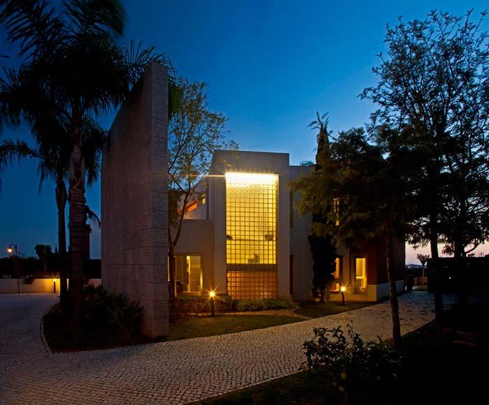 Modern villa in Vilamoura, Algarve (4)