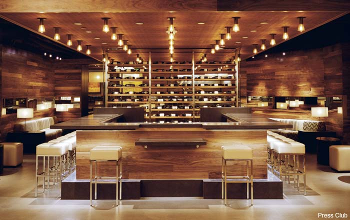 Food And Wine Restaurant In San Francisco