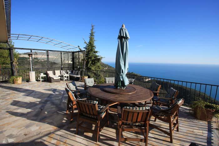 Villa in Eze, French Riviera (4)