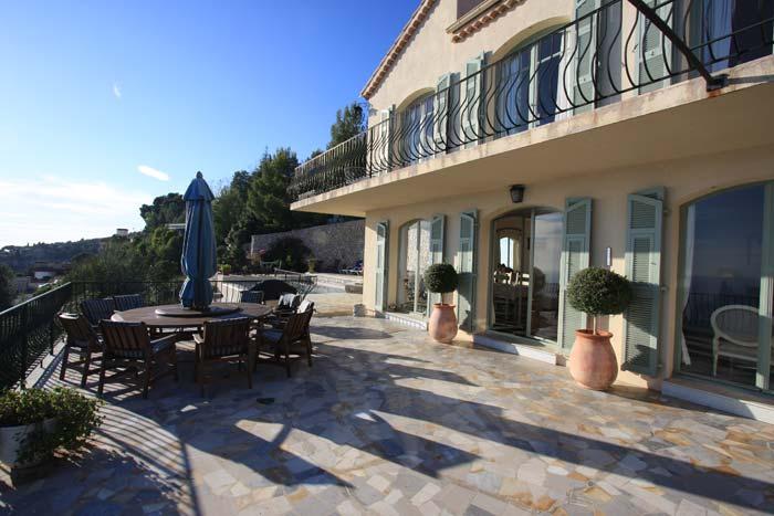 Villa in Eze, French Riviera (6)