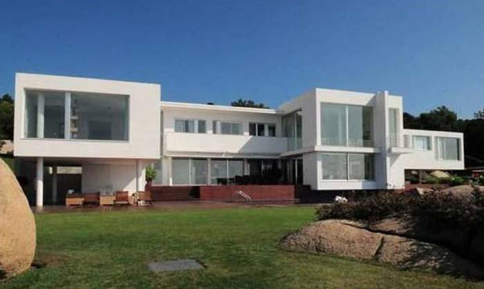 Modern villa in Costa Maresme, Spain (8)