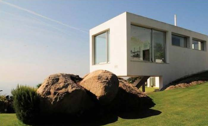 Modern villa in Costa Maresme, Spain (7)