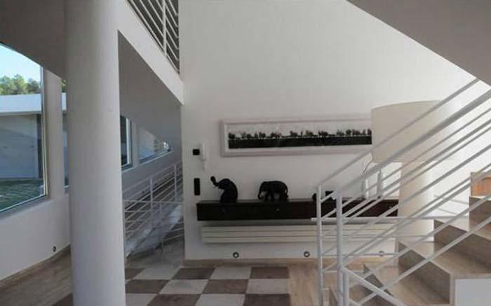 Modern villa in Costa Maresme, Spain (5)