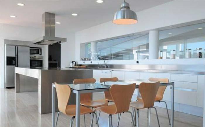 Modern villa in Costa Maresme, Spain (3)