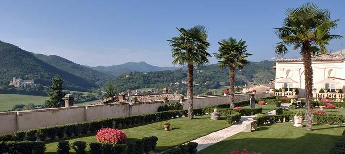 Italian palazo in spoleto, Umbria (3)