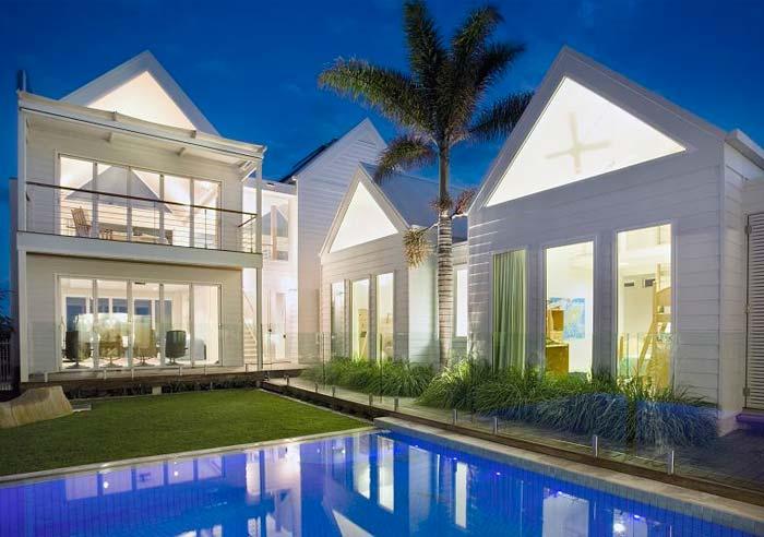 Beachfront  house on the Gold Coast Australia (8)