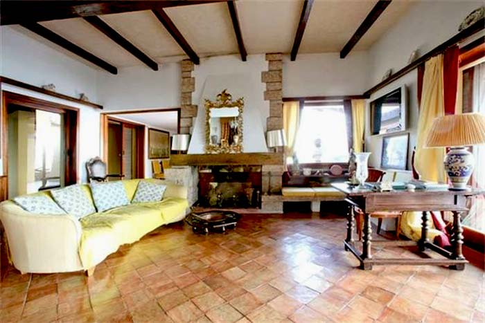 Sea front villa in Maremma Tuscany (3)