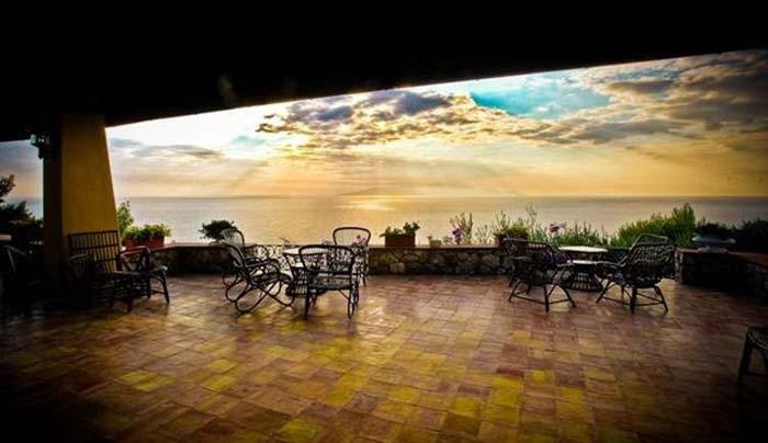 Sea front villa in Maremma Tuscany (9)