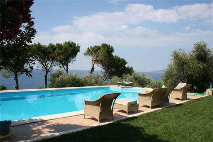Sea front villa in Maremma Tuscany (5)