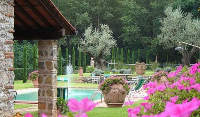 Tuscan farmhouse (8)