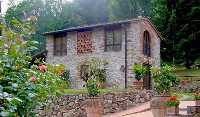 Tuscan farmhouse (7)
