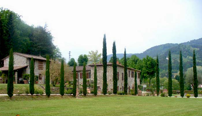 Tuscan farmhouse (5)