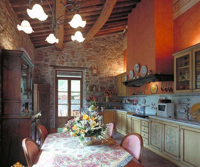 Tuscan farmhouse (2)