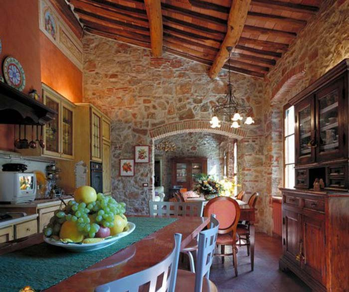 Tuscan farmhouse (15)