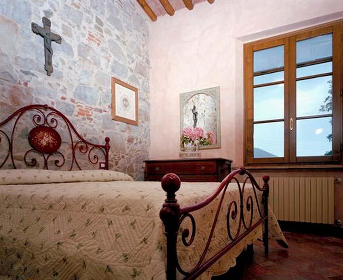 Tuscan farmhouse (11)