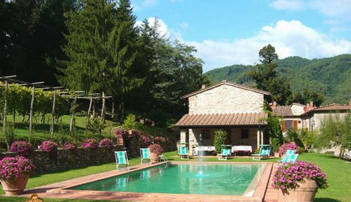 Tuscan farmhouse (9)