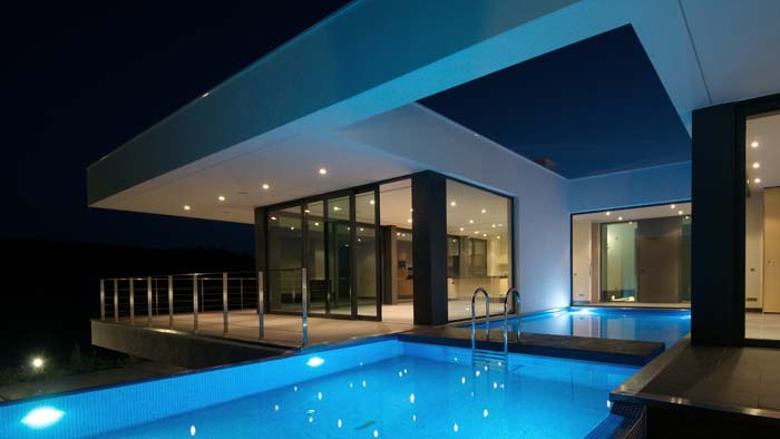 Modern country villa Algarve (1)