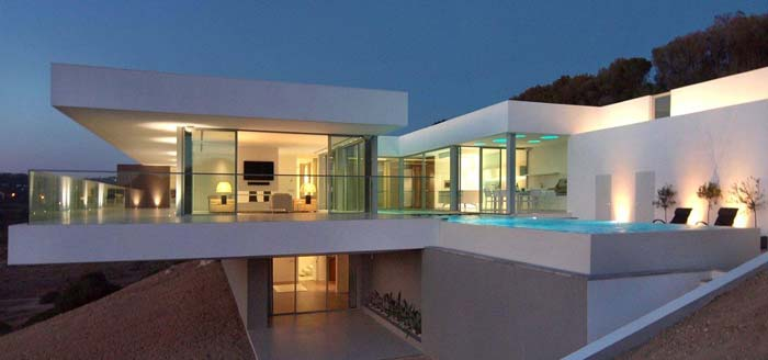 Modern villa in algarve for sale for Ultra modern house plans for sale