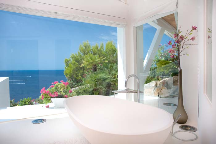 Luxury villa in Mallorca designed by Alberto Rubio (2)