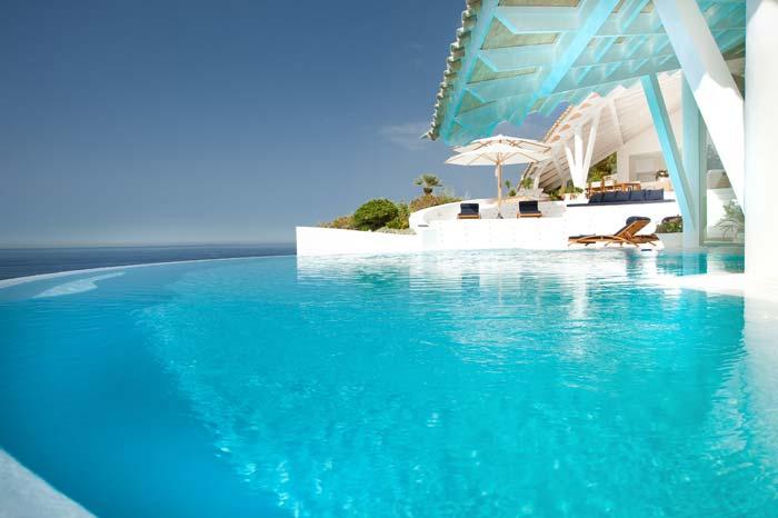 Luxury villa in Mallorca designed by Alberto Rubio (6)