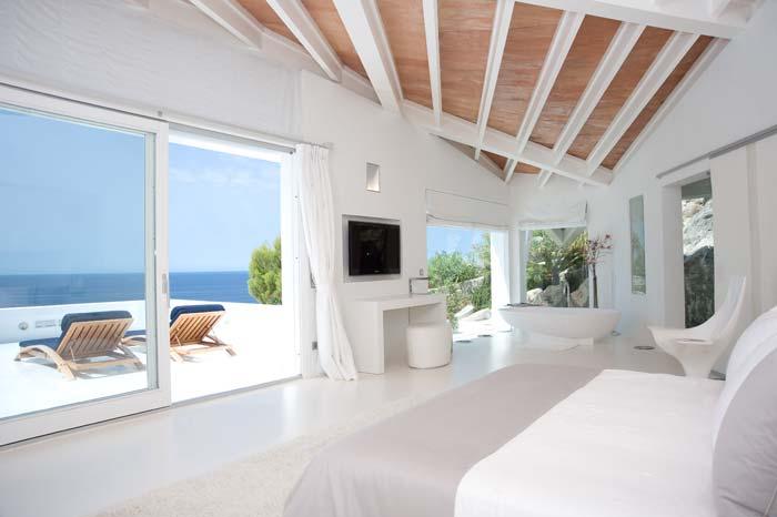 Luxury villa in Mallorca designed by Alberto Rubio (3)