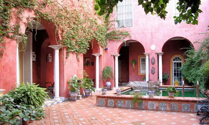 Mansion house in Seville (1)
