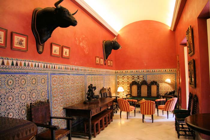 Mansion house in Seville (5)