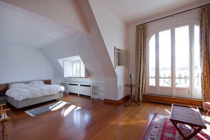 Prestigious Paris apartment in classic Haussman building (4)