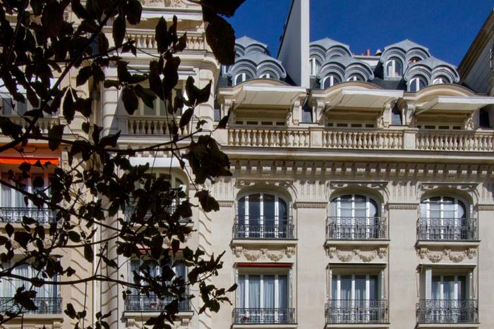 Prestigious Paris apartment in classic Haussman building (13)