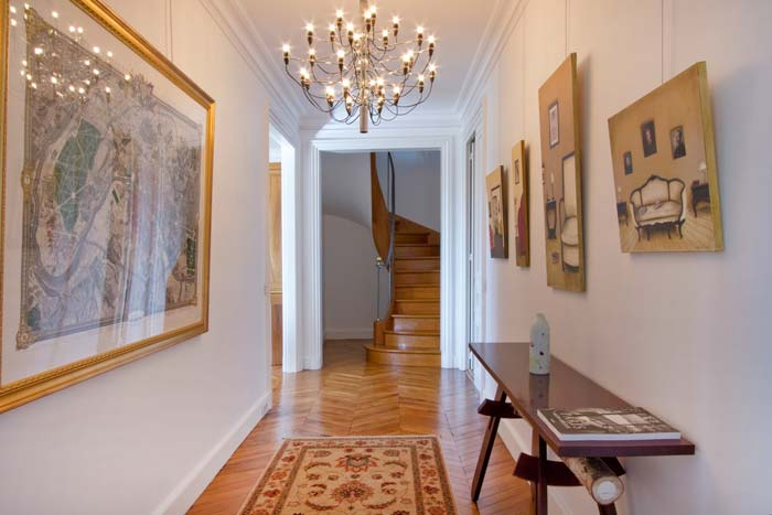 Prestigious Paris apartment in classic Haussman building (10)
