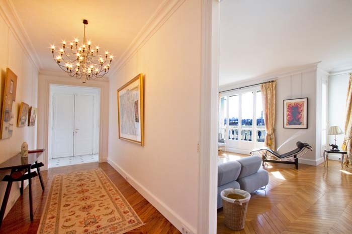 Prestigious Paris apartment in classic Haussman building (9)