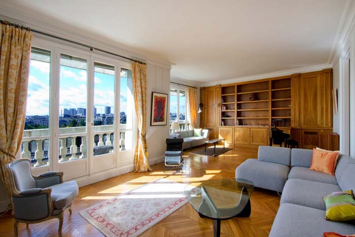 Prestigious Paris apartment in classic Haussman building (7)
