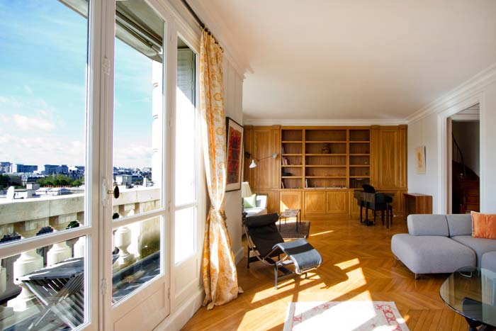 Prestigious Paris apartment in classic Haussman building (6)