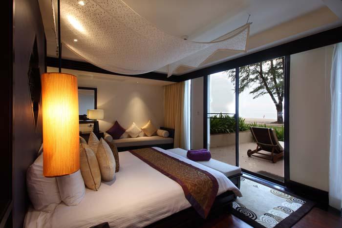 Beachfront villa in Phuket Thailand (5)