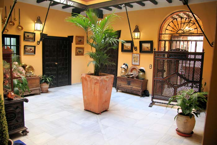 Exclusive Mansion House Seville (4)