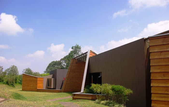 Contemporary Villa Tres Rios San Jose Costa Rica (8)