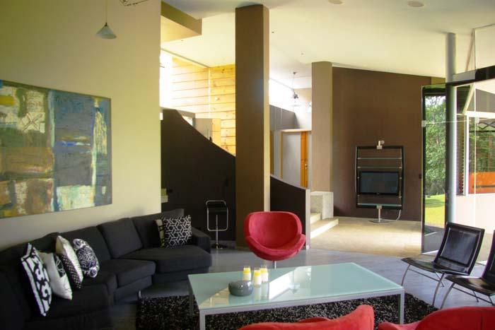 Contemporary Villa Tres Rios San Jose Costa Rica (5)
