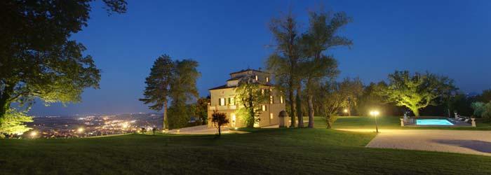Lit classic villa in Le Marche Italy