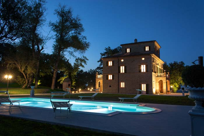Lit pool and Classic villa in Le Marche Italy