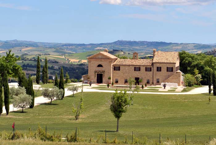 Country estate in Le Marche Italy