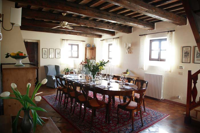 Dining room Country estate in Le Marche Italy