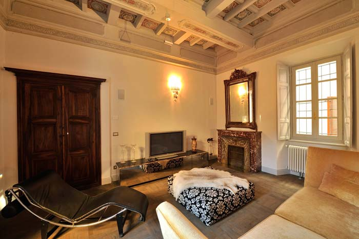 Exclusive country mansion Lake Orta, Italian Lakes (6)