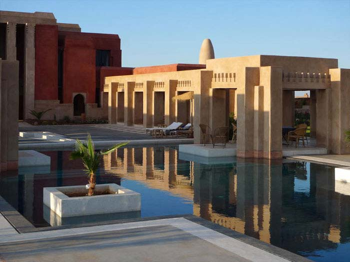 exclusive villa pool in Marrakech